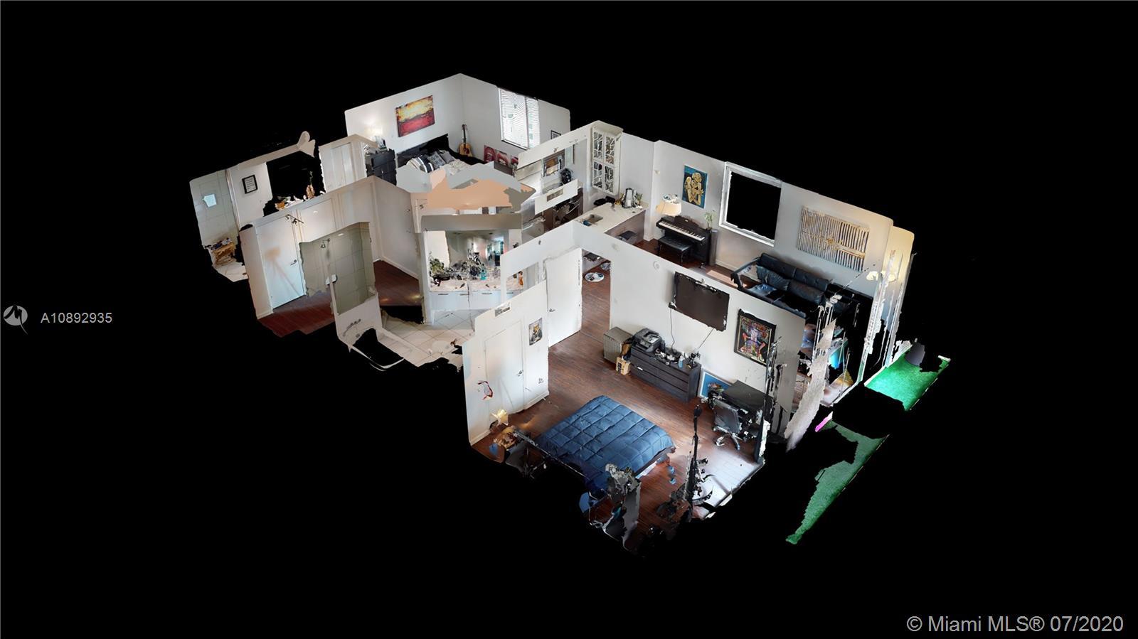 500 Brickell image #42