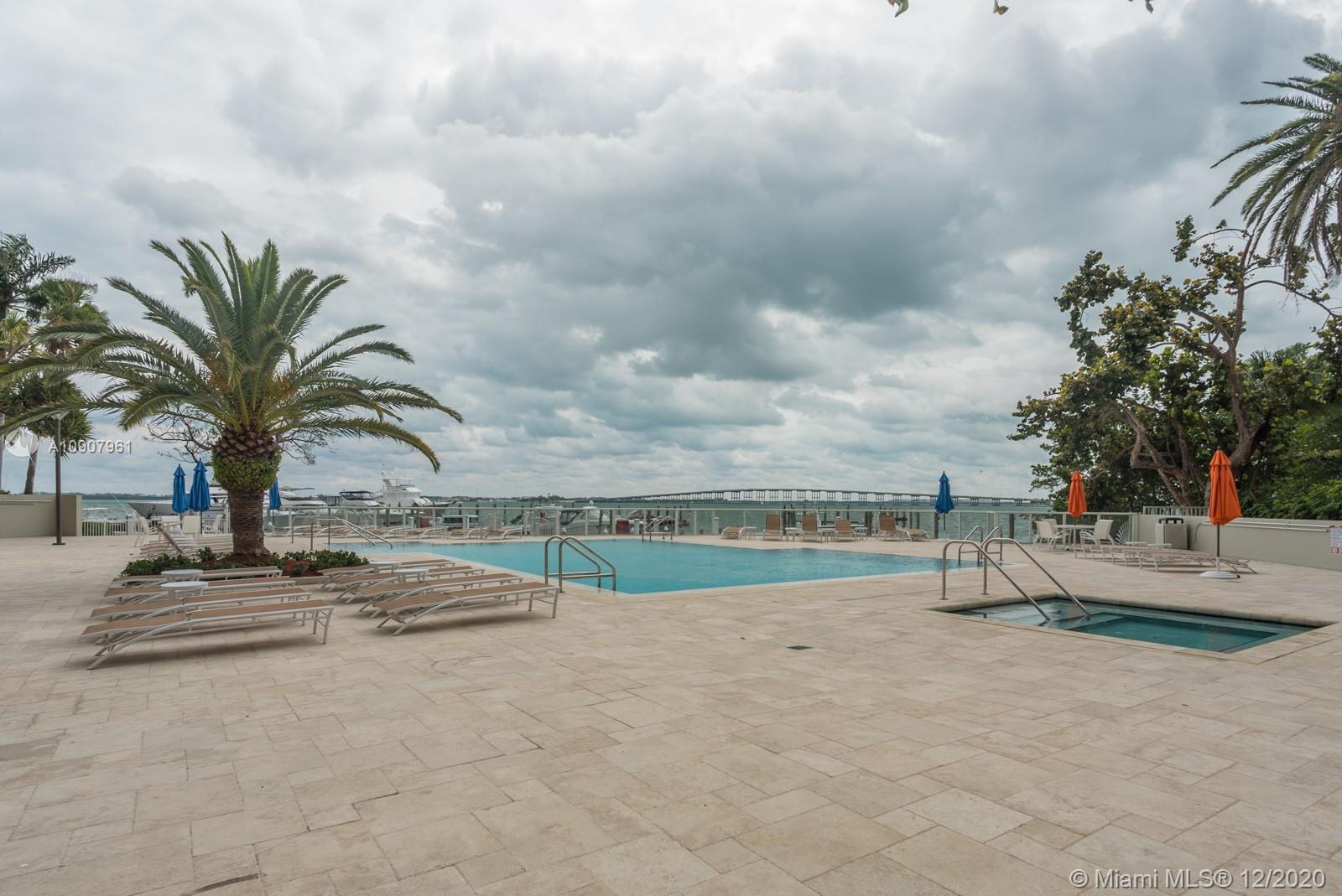 Villa Regina Condo image #53