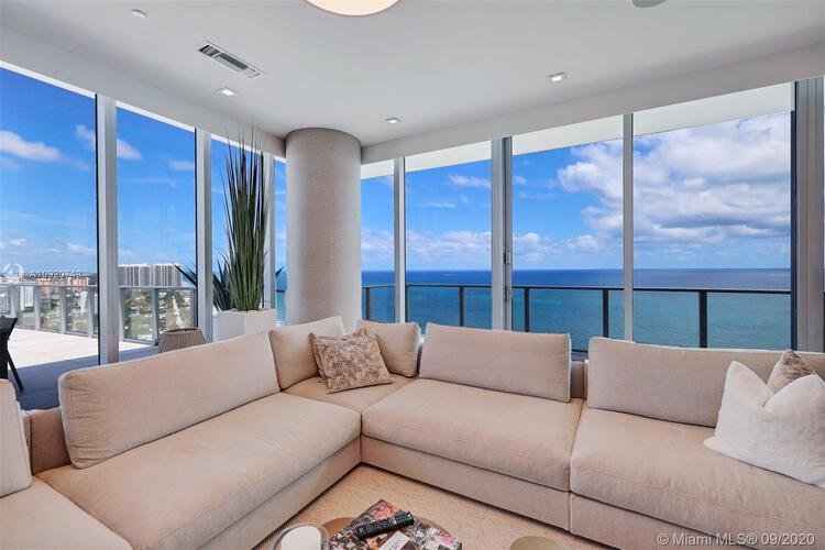 Auberge Beach Residences & Spa image #10