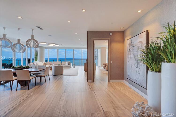 Auberge Beach Residences & Spa image #20