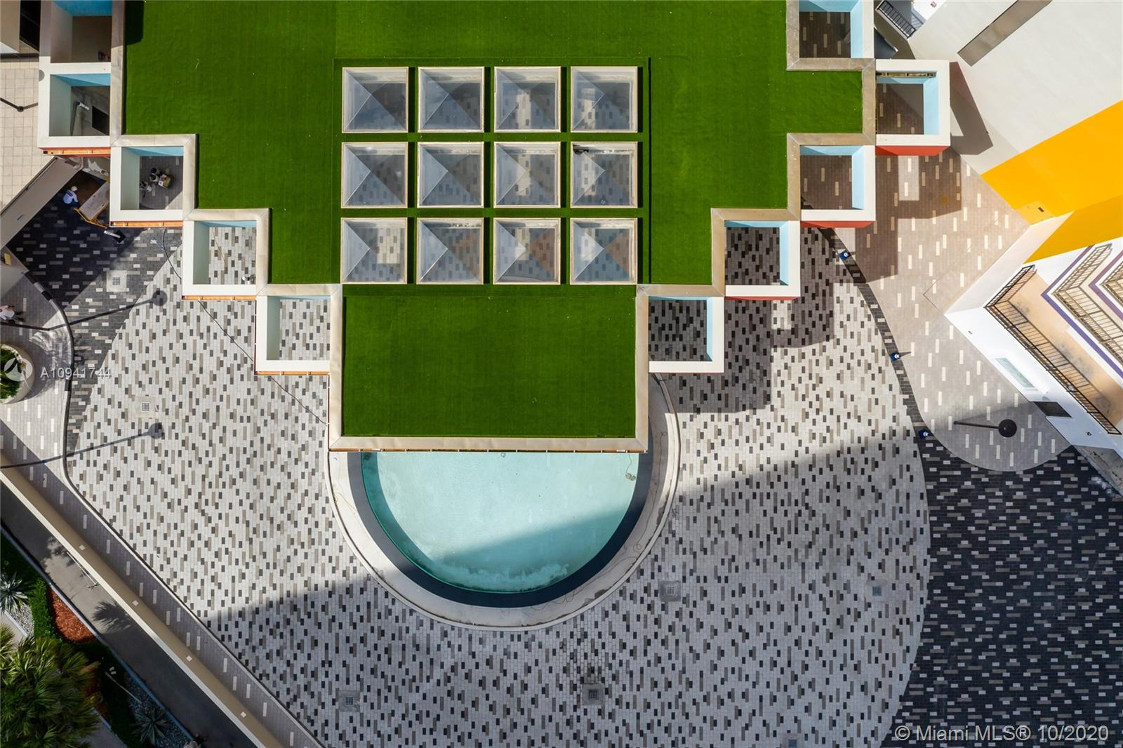 Villa Regina Condo image #16