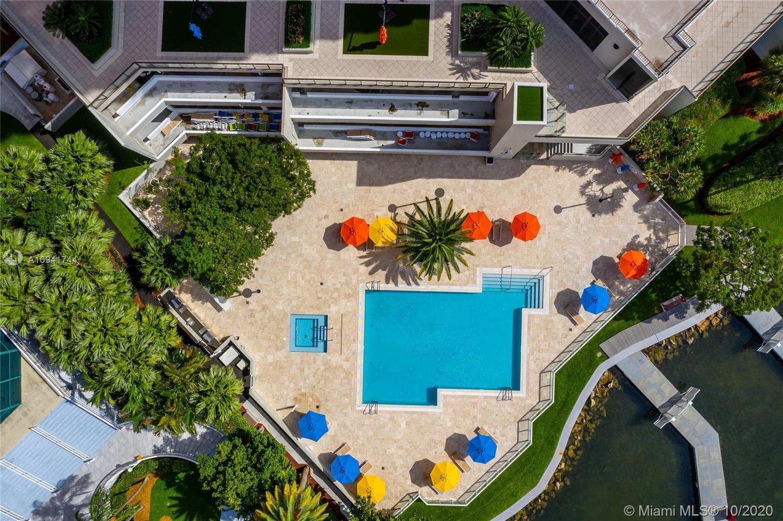 Villa Regina Condo image #29
