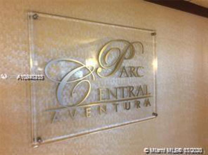 Parc Central South image #40