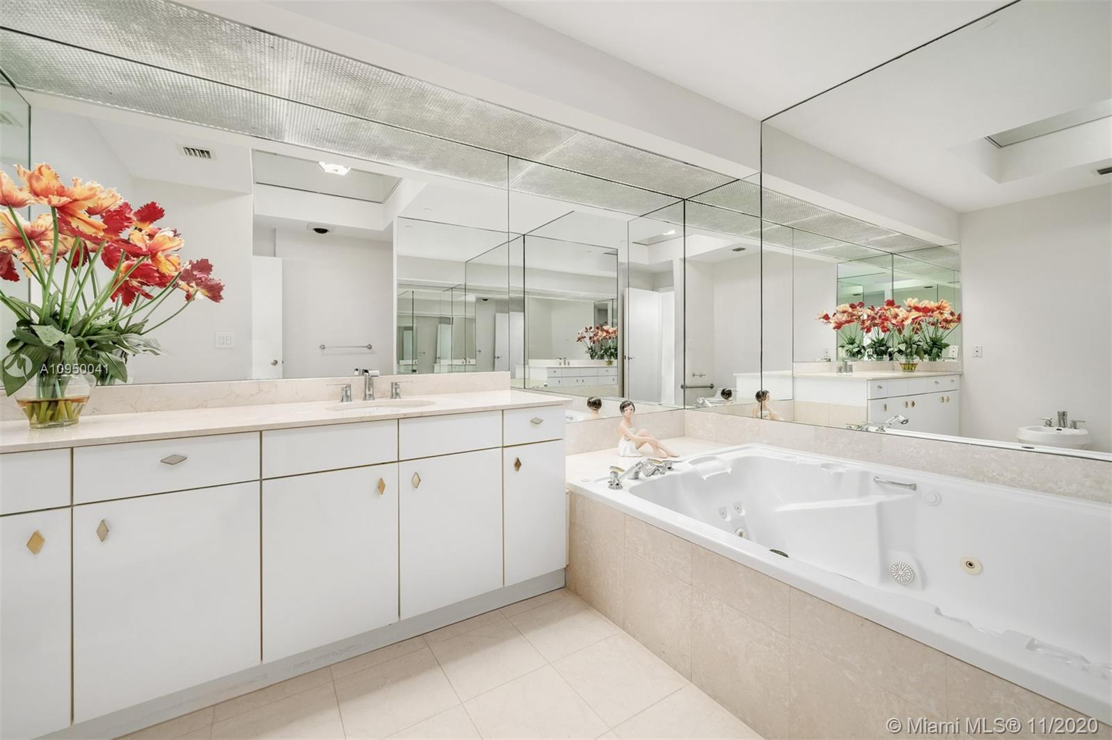 Palace at Bal Harbour image #8