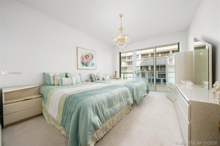Palace at Bal Harbour image #11