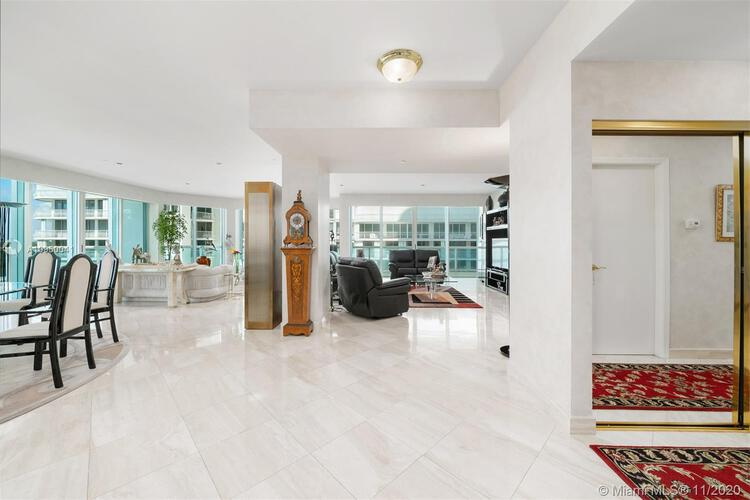 Palace at Bal Harbour image #16