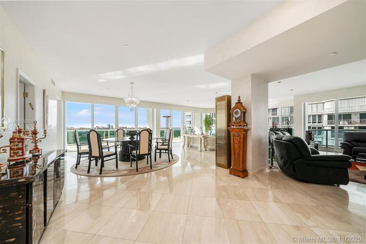 Palace at Bal Harbour image #17