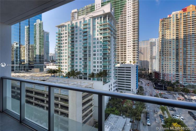 Brickell House image #23