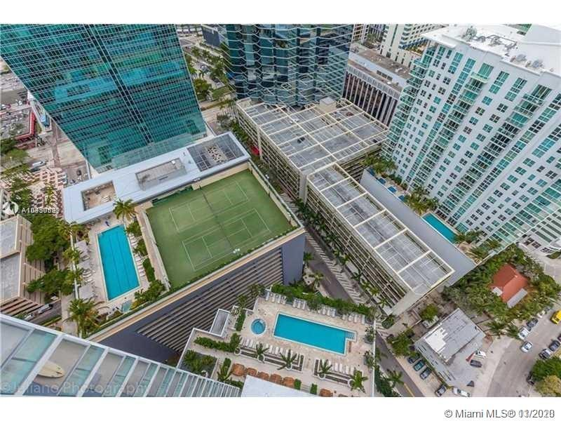 Brickell House image #25
