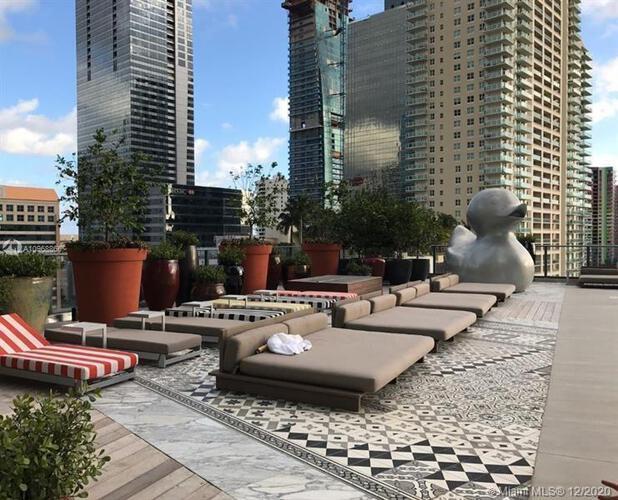 SLS Hotel & Residences image #15