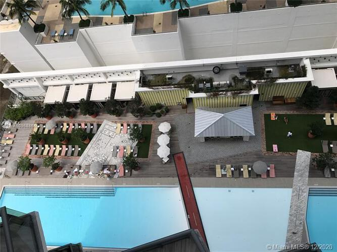SLS Hotel & Residences image #17