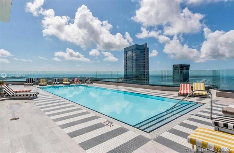 SLS Hotel & Residences image #18