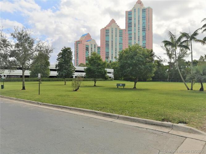 Parc Central South image #14