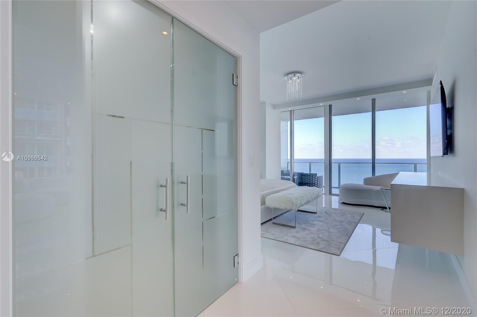 Auberge Beach Residences & Spa image #27