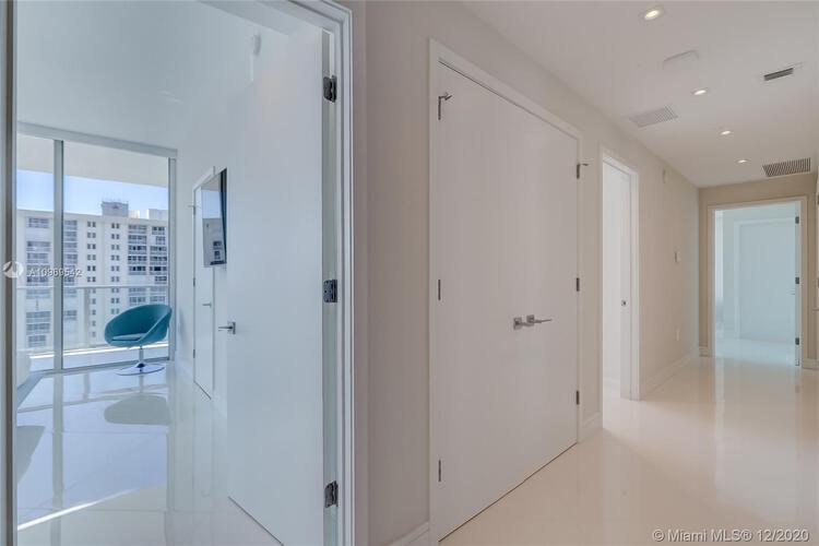 Auberge Beach Residences & Spa image #39