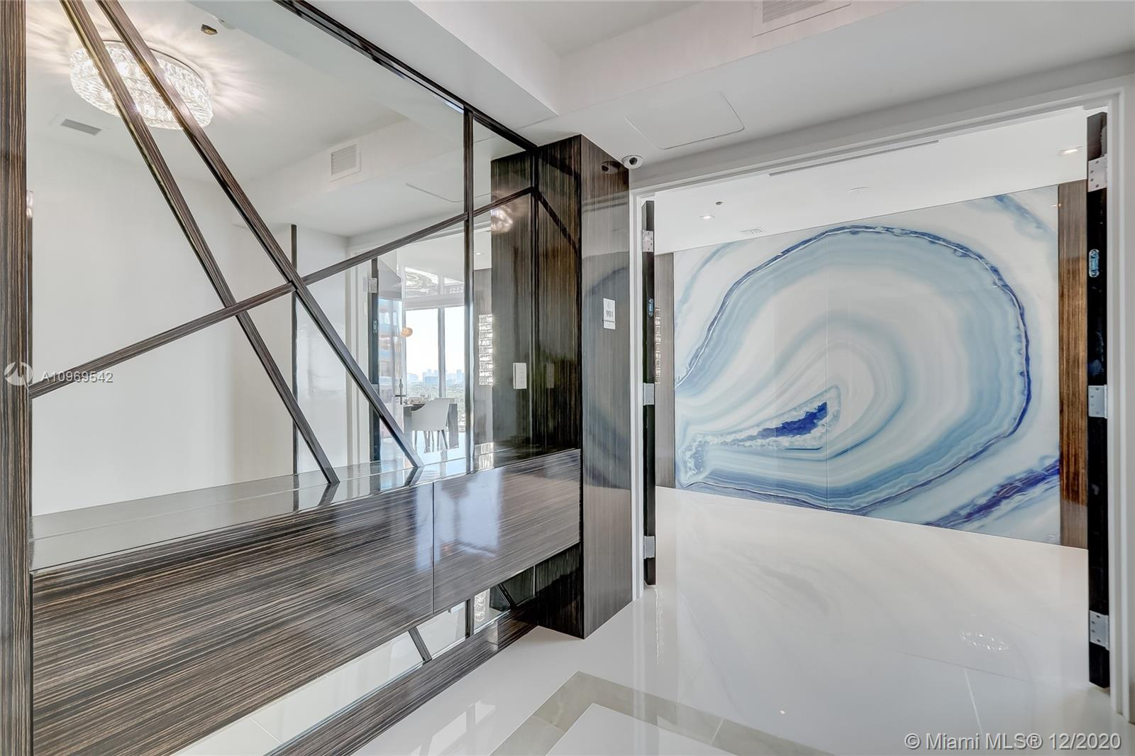 Auberge Beach Residences & Spa image #58