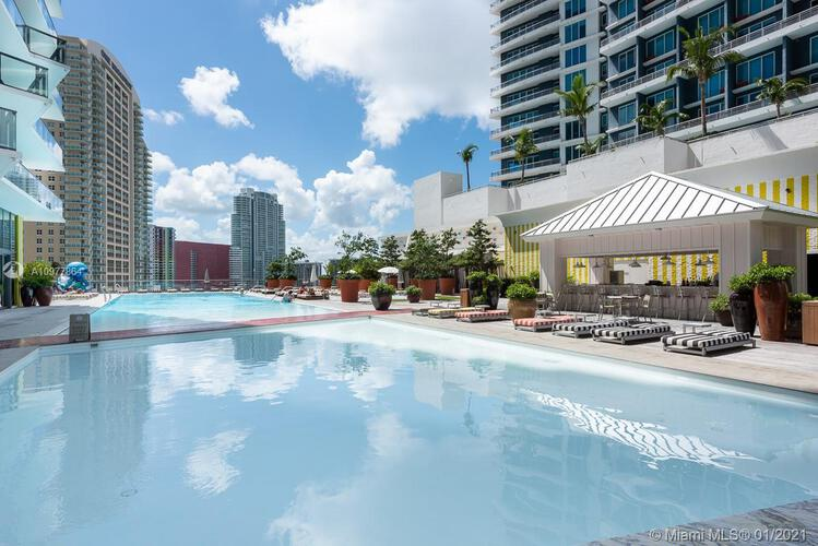 SLS Hotel & Residences image #23