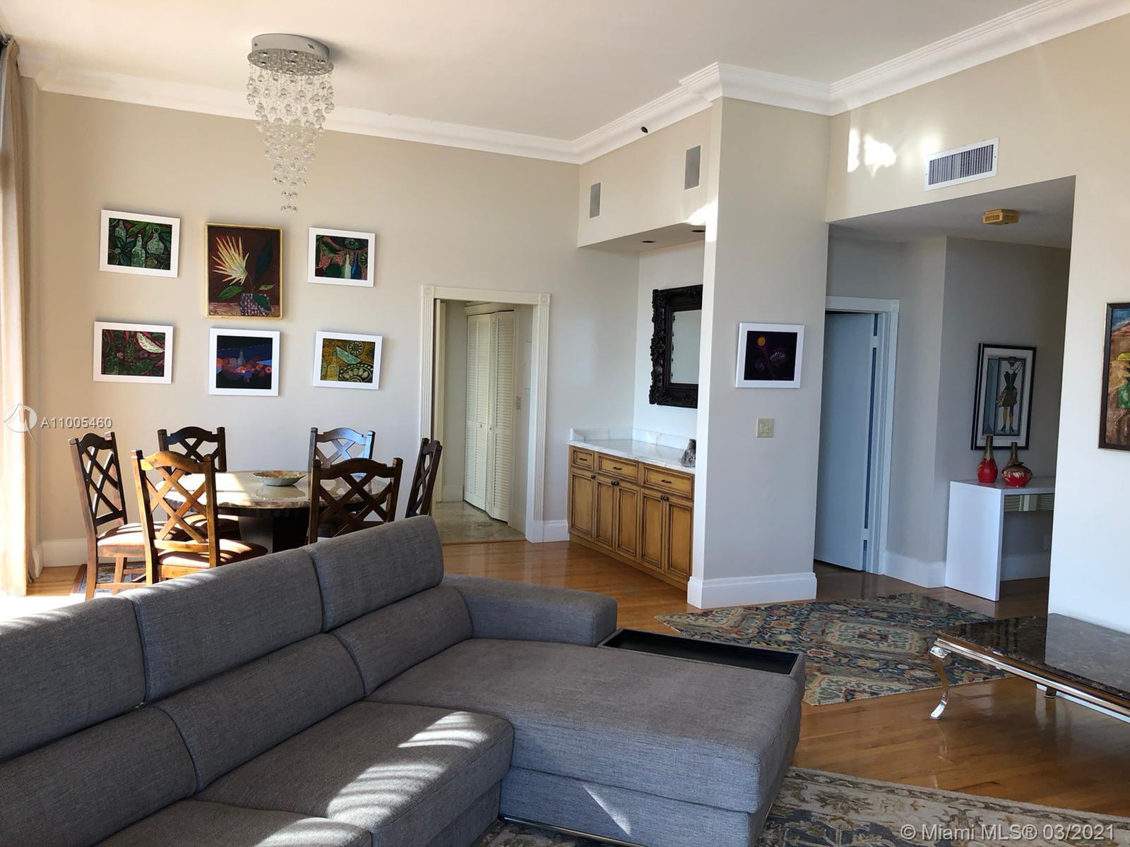 Villa Regina Condo image #10