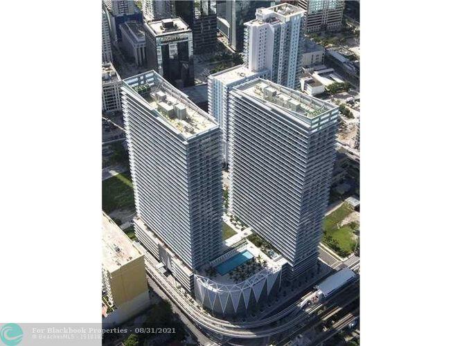 1111 SW 1st Avenue, Miami, FL 33130 (North) and 79 SW 12th Street, Miami, FL 33130 (South), Axis #2702-S, Brickell, Miami F10117848 image #5