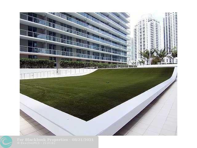 1111 SW 1st Avenue, Miami, FL 33130 (North) and 79 SW 12th Street, Miami, FL 33130 (South), Axis #2702-S, Brickell, Miami F10117848 image #11