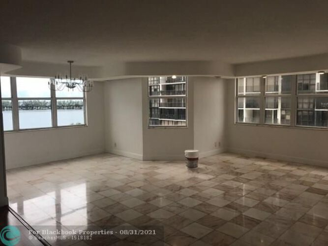 1915 Brickell Ave, Miami, FL 33129, Brickell Place III #C708, Brickell, Miami F10118075 image #3