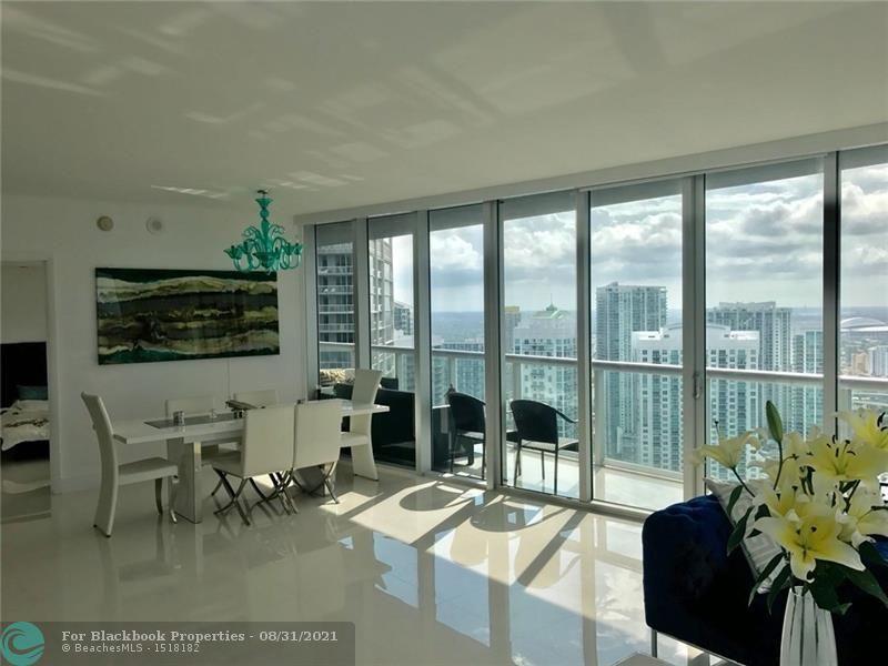 465 Brickell Ave, Miami, FL 33131, Icon Brickell I #4602, Brickell, Miami F10131285 image #1