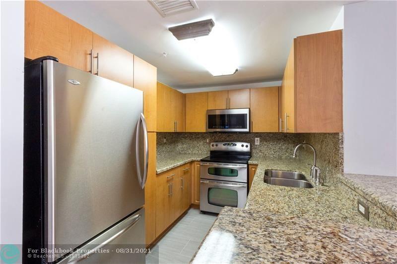 185 Southeast 14th Terrace, Miami, FL 33131, Fortune House #607, Brickell, Miami F10148184 image #5