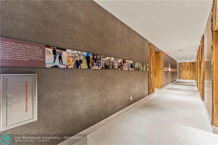 1010 Brickell image #20