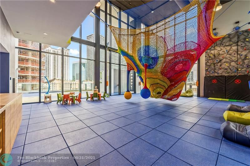 1010 Brickell Avenue, Miami, FL 33131, 1010 Brickell #2202, Brickell, Miami F10148375 image #22