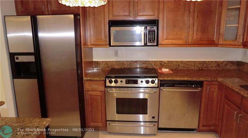 1865 Brickell Ave, Miami. FL 33129, Brickell Place I #A1105, Brickell, Miami F10148511 image #3
