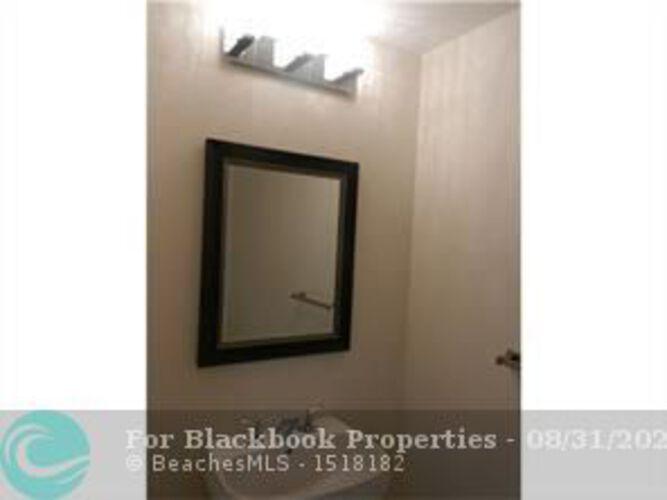 1050 Brickell Ave & 1060 Brickell Avenue, Miami FL 33131, Avenue 1060 Brickell #215, Brickell, Miami F10148863 image #6