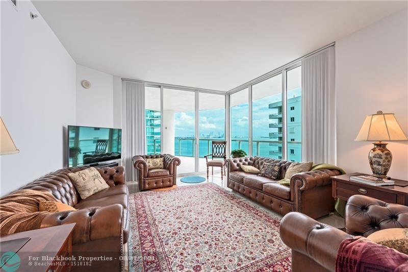 218 SE 14th St, Miami, Fl 33131, Emerald at Brickell #1201, Brickell, Miami F10148948 image #3