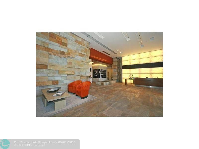 500 Brickell image #13