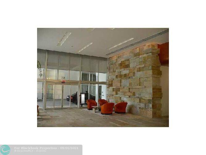 500 Brickell image #14