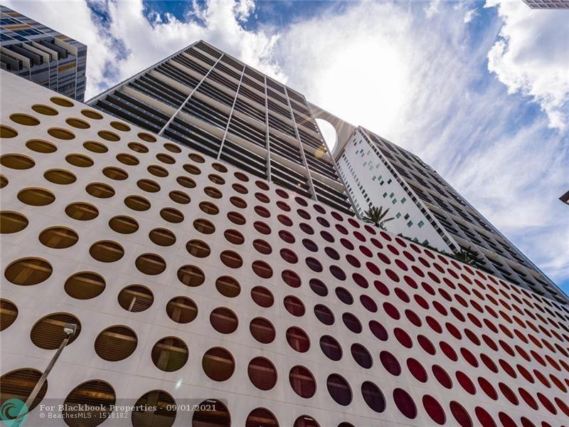 500 Brickell image #54